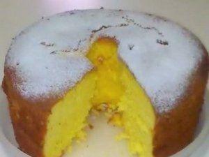 Ingredientes Massa: - 4 ovos - 2 xícaras (chá) de acúcar - 2 xícaras (chá) de farinha de arroz - 1 xícara (chá) de amido de milho - 1 colhe...