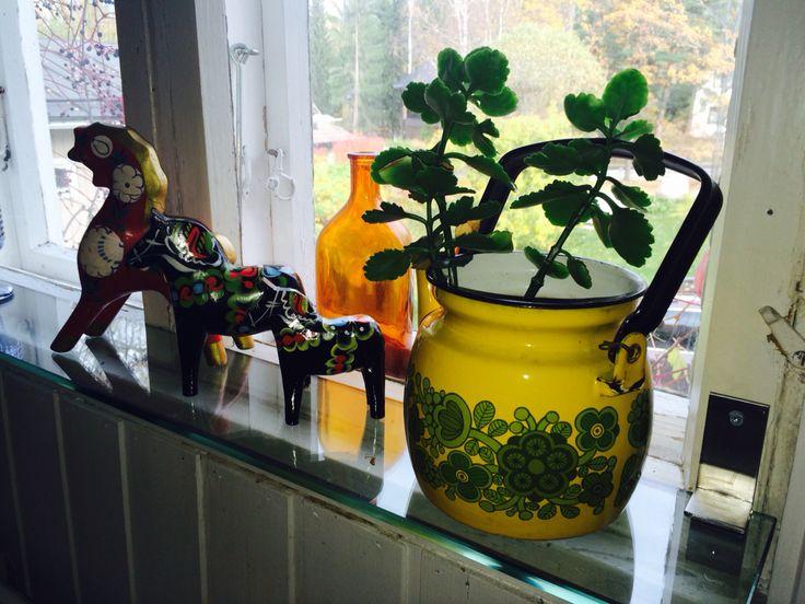 Finel Yellow Primavera coffee pan, Raija Uosikkinen.