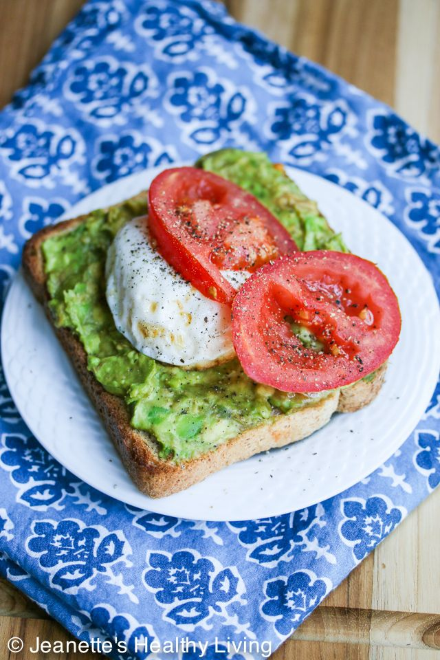 Smashed Avocado Tomato Toast with Poached Egg - this healthy breakfast is so quick and easy to make. I could eat this every day! ~ http://jeanetteshealthyliving.com