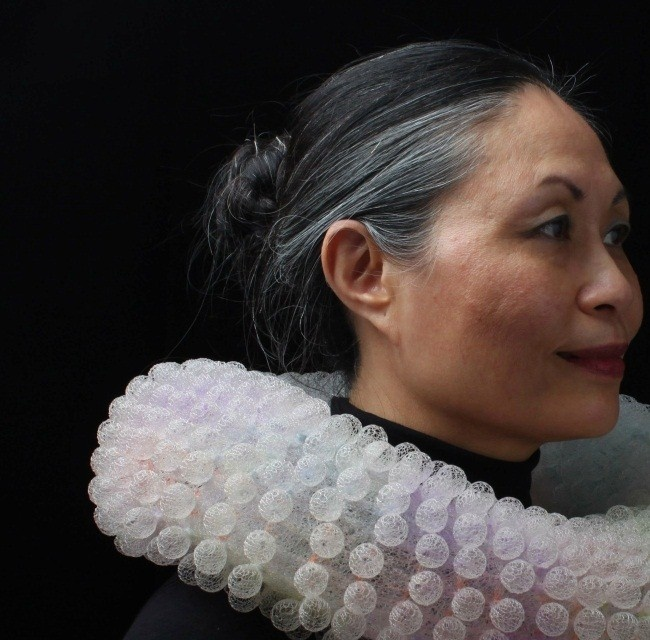 Nora Fok - - neckpiece - knitted dyed nylon