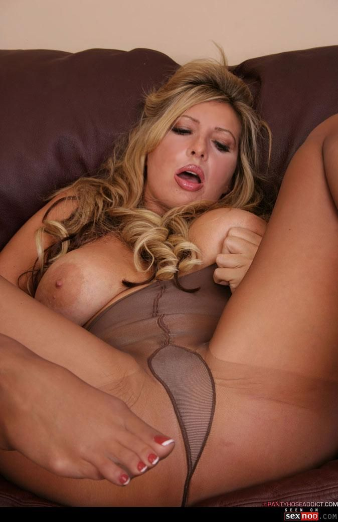 Pantyhose and big boobs