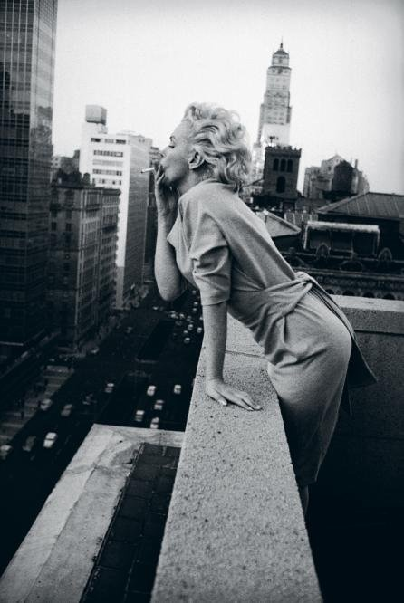 Marilyn smoking...