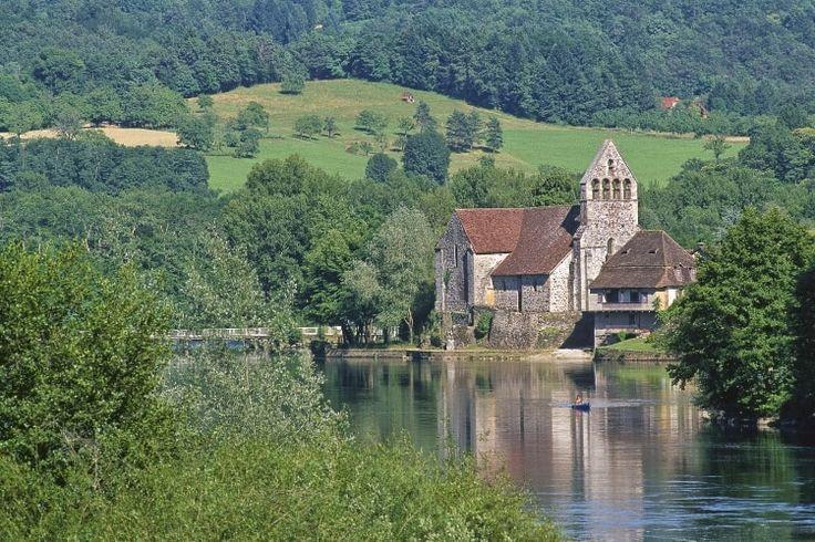 Chapelle des Pénitents de Beaulieu-sur-Dordogne : Escapade automnale en Corrèze