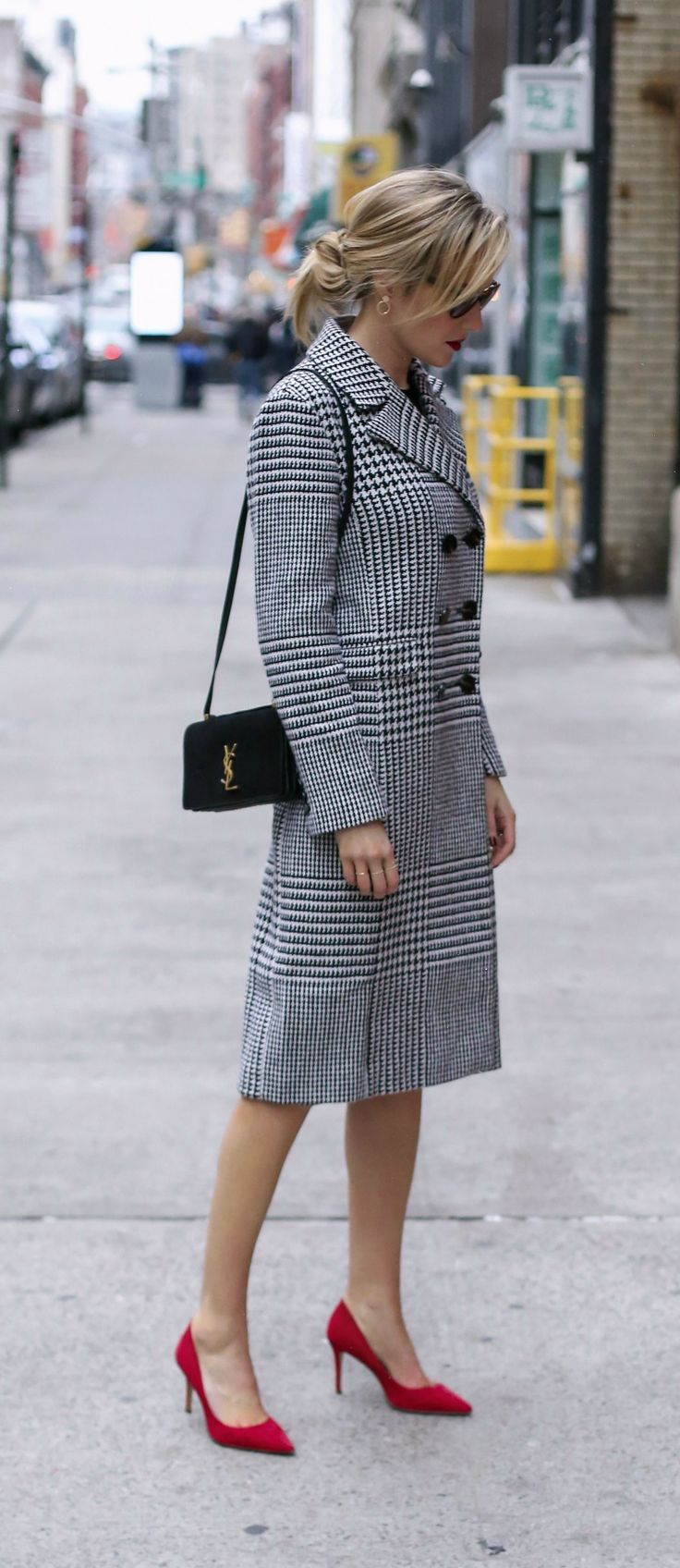 black and white glen plaid houndstooth double-breasted classic long coat, red suede pointy toe pumps