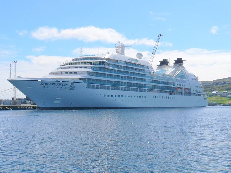 We welcome passengers and crew from MV Seabourn Sojourn to our shores we hope you enjoy our beautiful island and of course Emu Ridge.