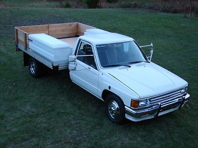 Toyota : Other Standard cab dually flatbed RARE 1987 ...