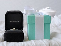 Nothing beats a little blue box : ): Blue Boxes, Tiffany Blue, Diamonds Rings, Future Husband, Dreams Engagement Rings, Rings Pictures, Dreams Rings, Black Boxes, Big Day