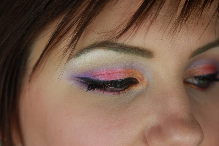 I love this fun, colorful summer look! I made a video so you can do it at home :)