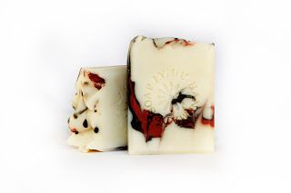 Lynnz Artisan Soaps and Candles