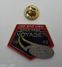 Star Trek VOYAGER Ship CAST & CREW 1995 Nice RARE Enamel PIN BADGE Pins StarTrek