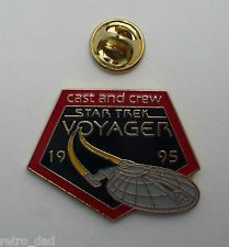 Star Trek VOYAGER Ship CAST & CREW 1995 Nice RARE Enamel PIN BADGE Pins StarTrek