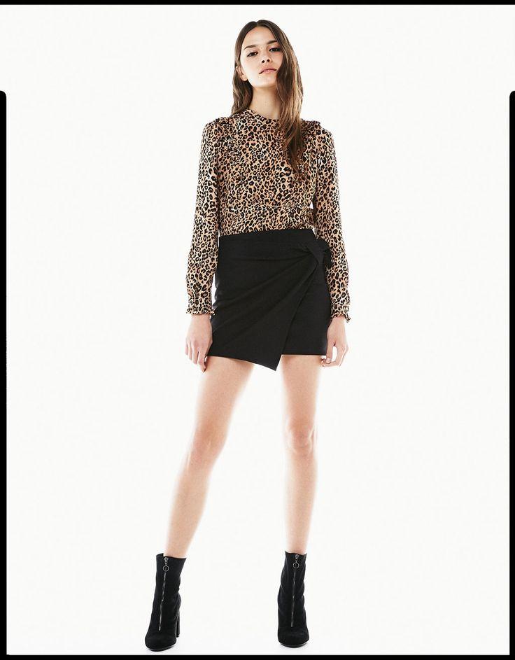 Blusa estampado leopardo volantes - Camisas - Bershka España - Islas Canarias