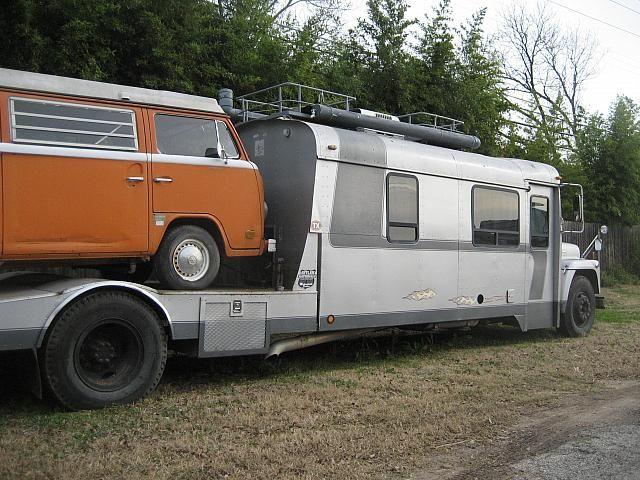 les 230 meilleures images du tableau classic motorhomes sur pinterest 4x4 camping cars et. Black Bedroom Furniture Sets. Home Design Ideas