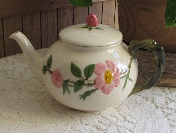Franciscan Desert Rose Tea Pot Vintage Dinnerware and Replacements Made in California 1949-1953