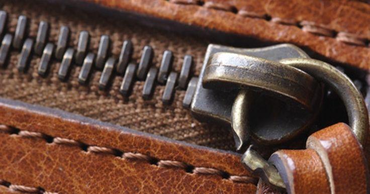 Cómo reparar la cremallera rota de unas botas