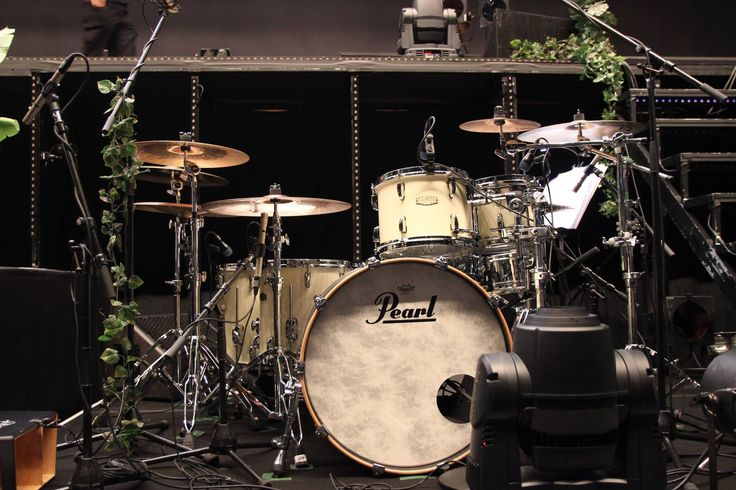 78 best images about drums on pinterest abbey road john bonham and remo d 39 souza. Black Bedroom Furniture Sets. Home Design Ideas