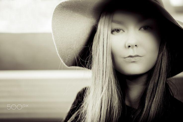 Laura  http://jiipeephotography.com