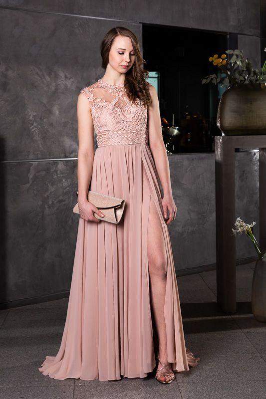 new style 847a8 44cfe Raffiniertes Abendkleid mit Schlitz - für einen perfekten ...