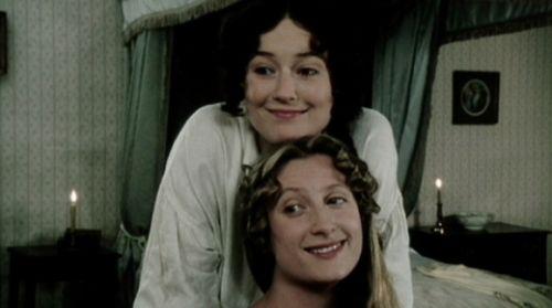 Elizabeth Bennet (Jennifer Ehle) embraces Jane Bennet (Susannah Harker) in Pride & Prejudice.