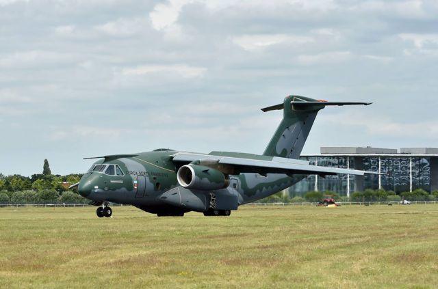 KC-390 Farnborough - foto Embraer