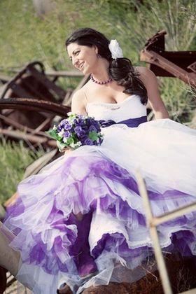パニエはカラーで遊べる♡パープルは一気に大人っぽい印象に♡結婚式・ウェディングにおすすめのパニエ♡