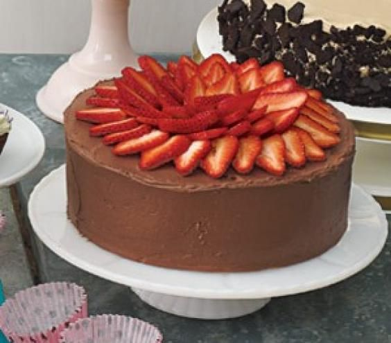 Yellow Cake With Strawberry Filling and Chocolate Sour ...