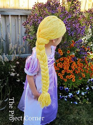 DIY Dress up Wig - old pair of tights + 2 skeens of wool