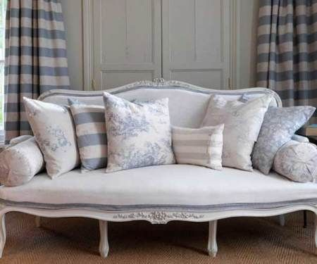 Blue cabbage roses and French inspired furniture- perfection.
