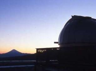 晴れた日には天文台から望む富士山に圧巻。