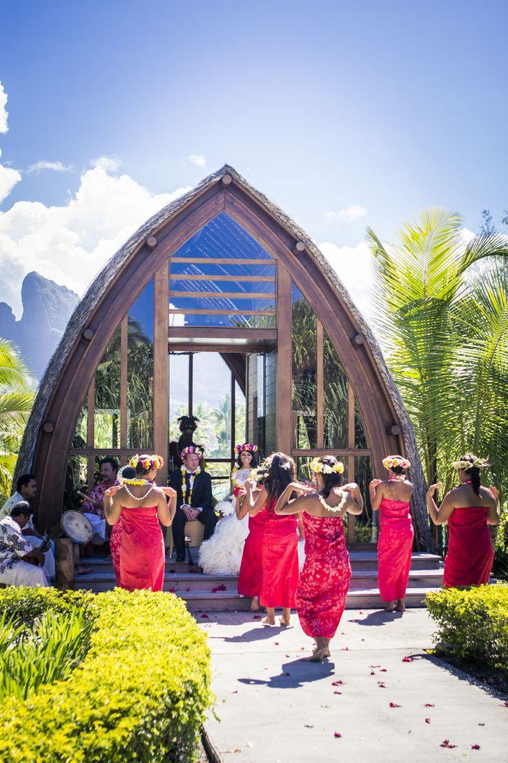Chapel Of The Four Seasons Bora Wedding Photographer Damien Gobron Damiengobron