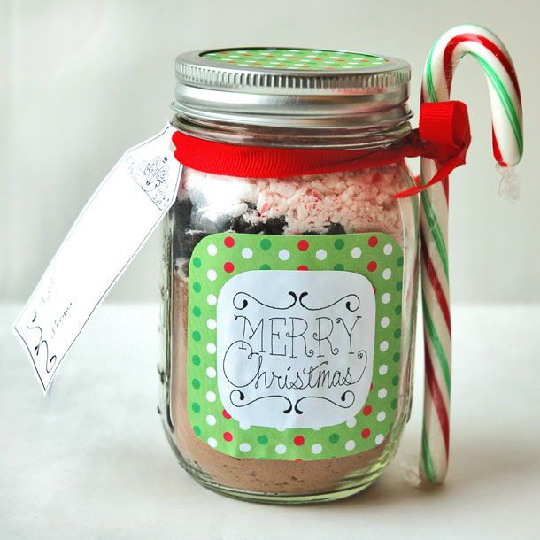peppermint cocoa in a jar
