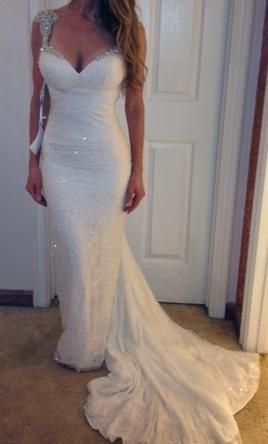 Inbal Dror BR-11-03: buy this dress for a fraction of the salon price on PreOwnedWeddingDresses.com