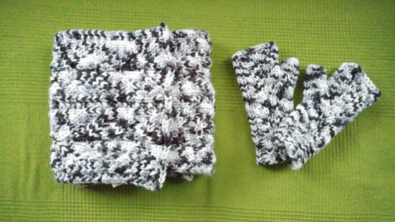 Hey, I found this really awesome Etsy listing at https://www.etsy.com/uk/listing/492672459/knitted-scarf-and-mittens-duo