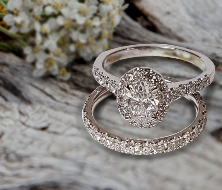 Linara Oval Shaped Halo Diamond Single Row Micropavé Engagement Ring in 18k White Gold