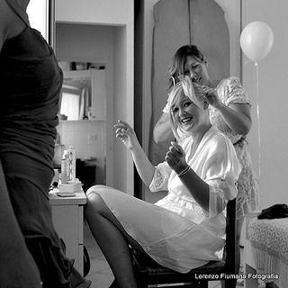 www.flickr.com/photos/122320448@N03/sets/72157643909263594 Matrimonio a 360° dall'estetista alla parrucchiera, fino alla torta e dopo. Questo è il Mio standard qualitativo. Un matrimonio intero dall'inizio alla fine... In più esperienza e creatività mi aiutano nel campo dei matrimoni e cerimonie in Comune (Municipio) luoghi apparentemente meno scenici, rispetto ad una chiesa. http://fiumanalorenzo.blogspot.it/