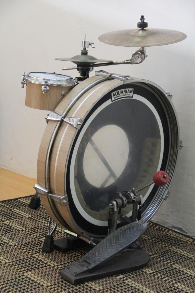 Sideways drum kit