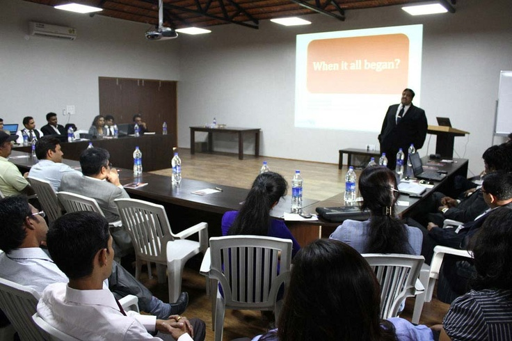 40 #seat #Conference #room with #Projector #corporate #training #center #corporate #training #programme #corporate #training #centre