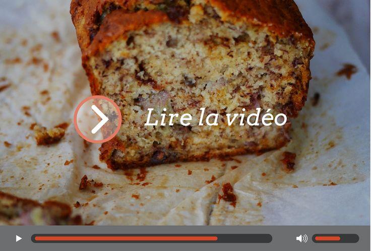 Voici une recette de banana bread en vidéo, qui vous permettra de recycler des bananes trop mûres. En parlant bananes, savez-vous que l'on peut également recycler les peaux de bananes ? Ce gâteau, je l'ai vu dans l'après midi sur une conversation FB d'une copine, je l'ai fait dans la foulée et j'ai du me …