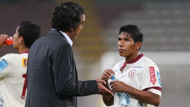 Universitario: Edison Flores será titular ante San Simón #Depor