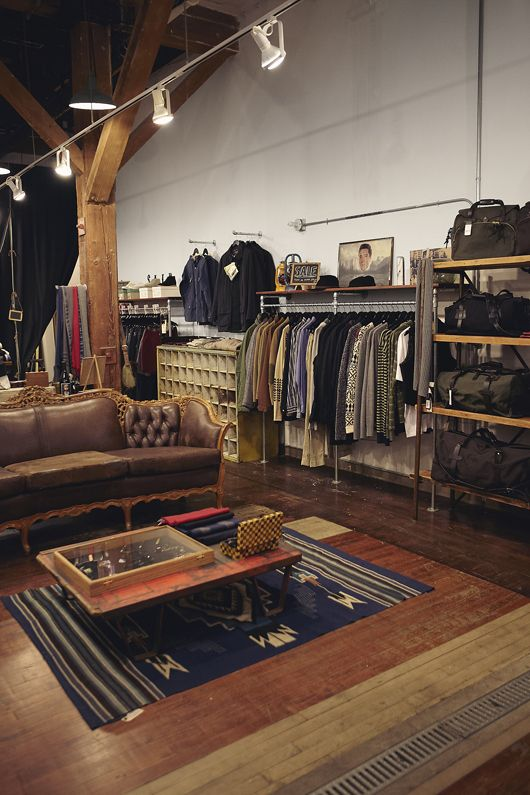Perfect 10 clothing store