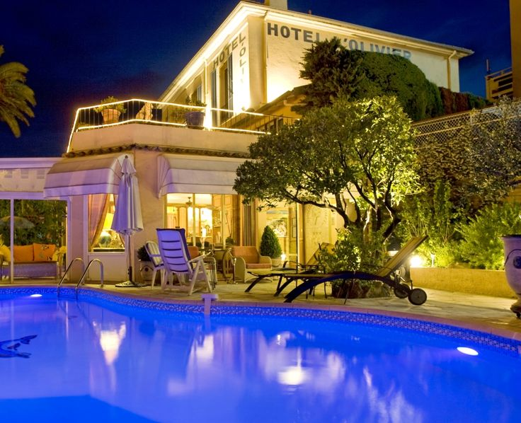 Hotel Olivier Cannes 3* http://www.hotel-olivier-cannes.fr