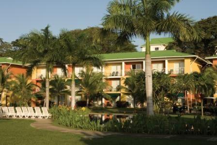 Club Pacific Panama sous les palmiers