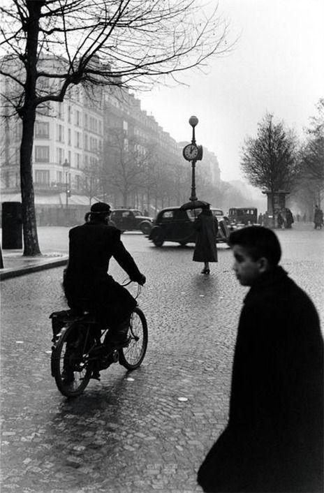 Elliott Erwitt. Paris. 1952