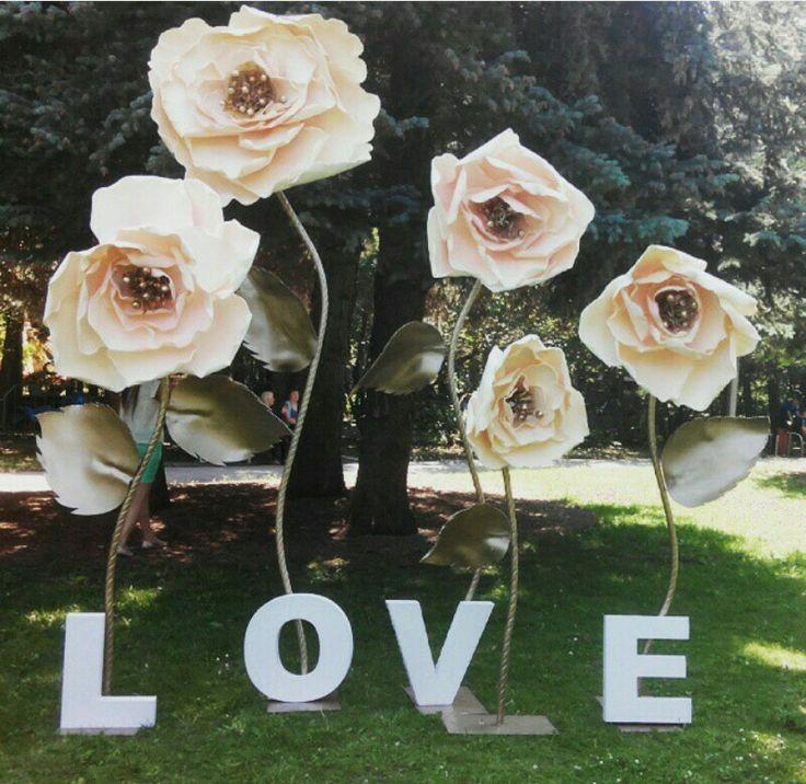 Wedding paper flowers