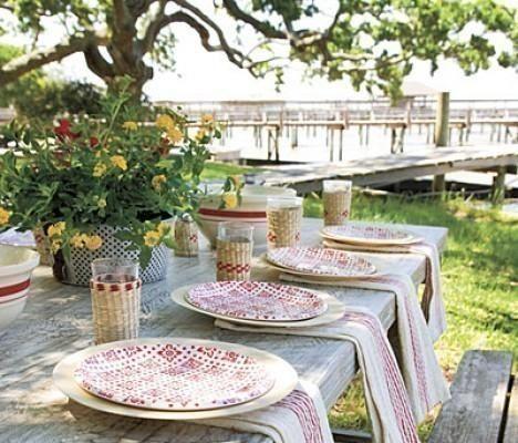 Idee per apparecchiare la tavola in giardino. #tavola #design #pensarecasait
