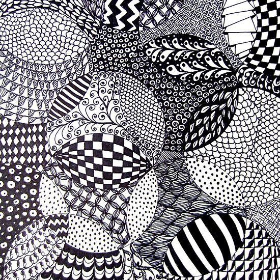 Check out how easy and relaxing it is to zentangle with this project for adults and kids!