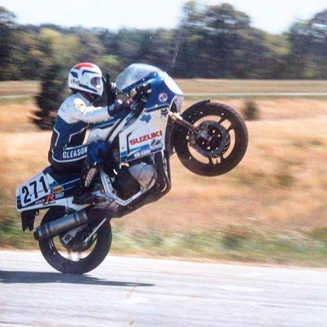 #Suzuki #slabside #slabby #gsxr #gsxr750 #wheelie #classic #superbike #vintage #camel #pro #ama #superstock #racebike