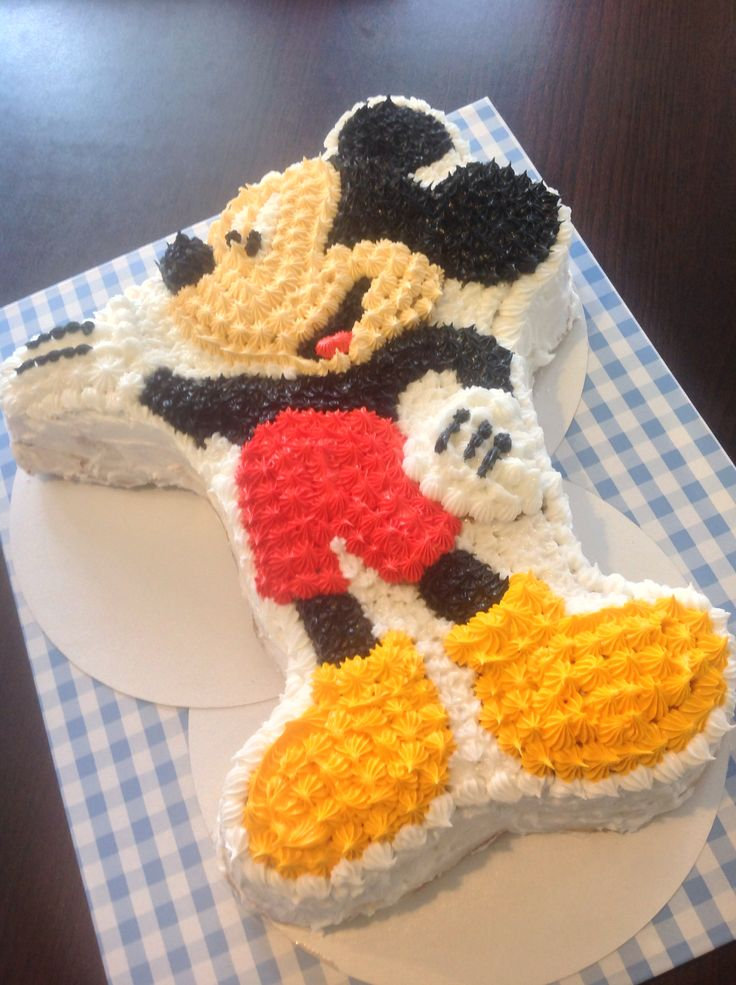 Mickye mouse royal icing