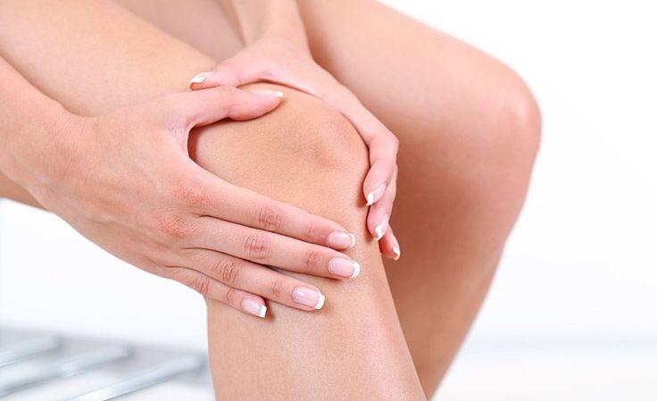 Pijn in knie? Lees hier over veelvoorkomende oorzaken van kniepijn en hoe je die het beste kunt behandelen. Alles over pijn in de knie.