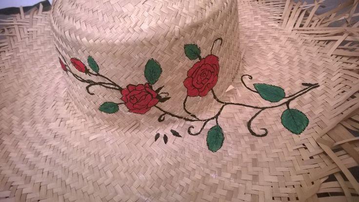Cappello di paglia mare con rose